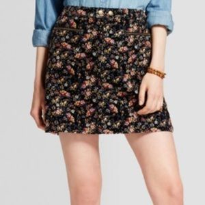 NWT Size 16 Floral Cord Skirt